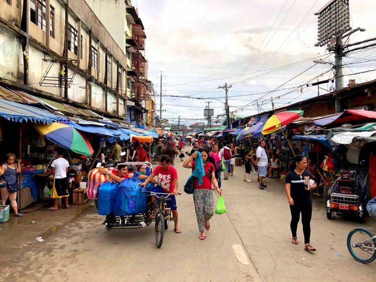 東南アジアのストリート